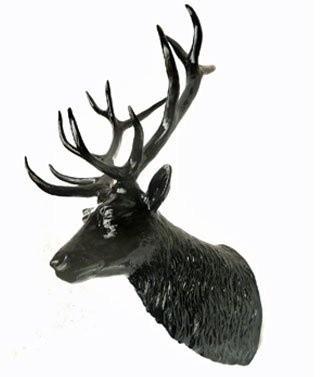 Tête de cerf noire